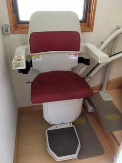 横浜市にて スタナー Stannah 介護用 階段昇降機 を出張買取致しました