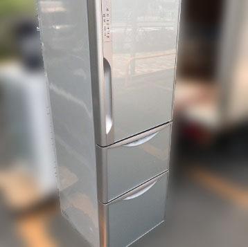 横浜市鶴見区にて 日立 冷凍冷蔵庫 R-D3700を出張買取致しました