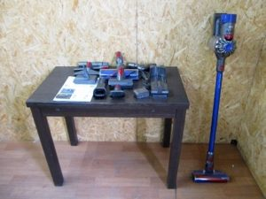 ダイソン コードレスクリーナー 掃除機 SV10