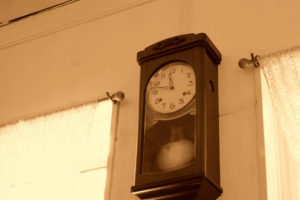 その掛け時計、捨てるの待って!ごみにしてしまう前に【掛け時計 買取】