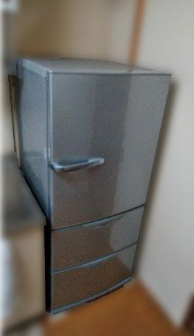 町田市にて アクア 冷凍冷蔵庫 AQR-271D を出張買取致しました