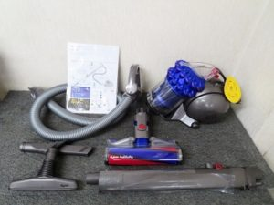 ダイソン キャニスター型 サイクロンクリーナー 掃除機 CY24