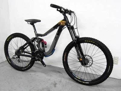 大和市にて GIANT Reign X2 380mm ダウンヒル DHバイク を出張買取致しました