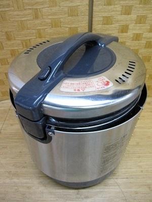 八王子市にて リンナイ 1.1升 ガス炊飯器 RR-S100VL を出張買取致しました