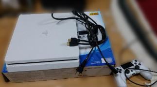 立川市にて SONY PS4 CUH-2200A B-02 を出張買取致しました