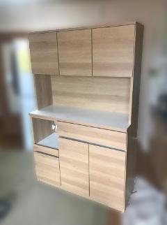 武蔵野市にて 土井インテリア 食器棚 W115 を出張買取致しました
