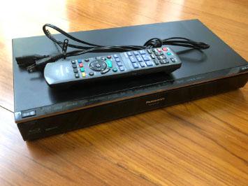 小平市にて パナソニック ブルーレイレコーダー DMR-BZT720 を出張買取致しました