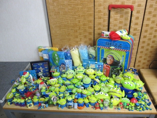 横浜市瀬谷区にて トイストーリー リトルグリーンメン グッズまとめ キーホルダー ストラップ 置物等 を出張買取致しました