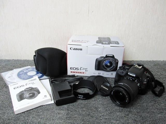 東京都世田谷区にて キャノン デジタル一眼レフカメラ EOS KISS X7 EF-S  を出張買取しました