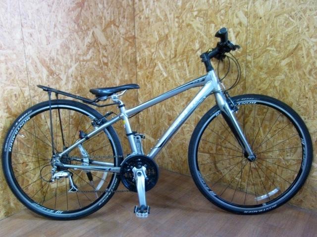 八王子市にて TREK 7.5 FX クロスバイク 380mm 現状車 を出張買取しました