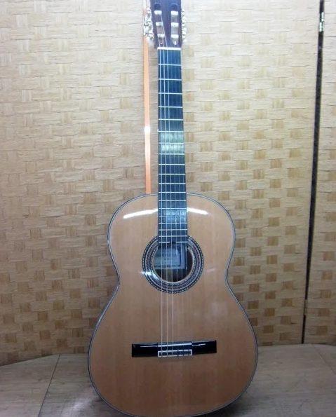 東京都大田区にて KODAIRA ARTIST MODEL クラシックギター AST70 を出張買取しました