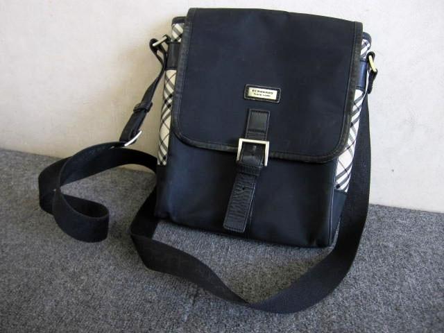 世田谷区にて バーバリー BLACK LABEL ショルダーバッグ  を店頭買取しました