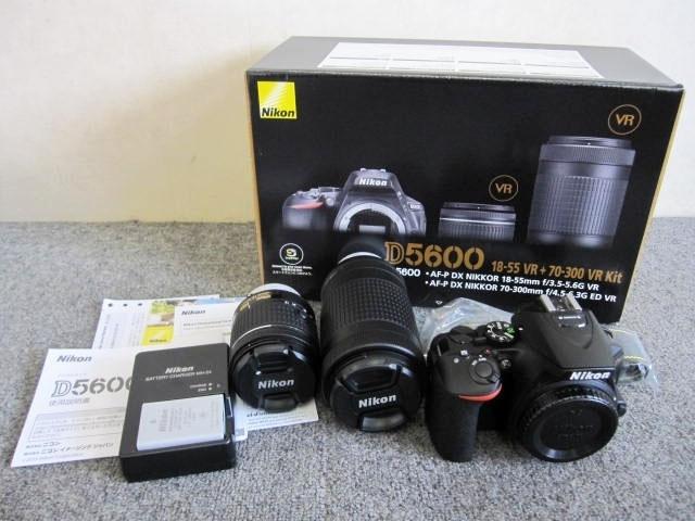 東京都 世田谷区にて Nikon デジタル一眼レフカメラ D5600 ダブルズームキット