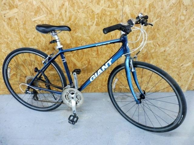 神奈川県 大和市にて ジャイアント エスケープ R3 Sサイズ クロスバイク を店頭買取しました