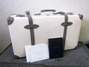 グローブトロッター スーツケース エミリア 30インチ チェルシーピンク