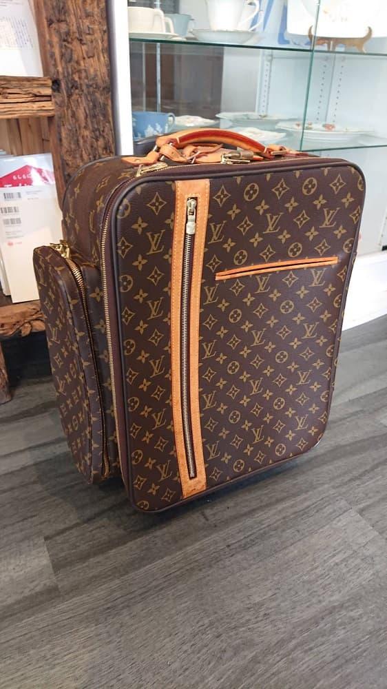 東京都 渋谷区にて LOUIS VUITTON/ルイヴィトン モノグラム スーツケース を出張買取しました