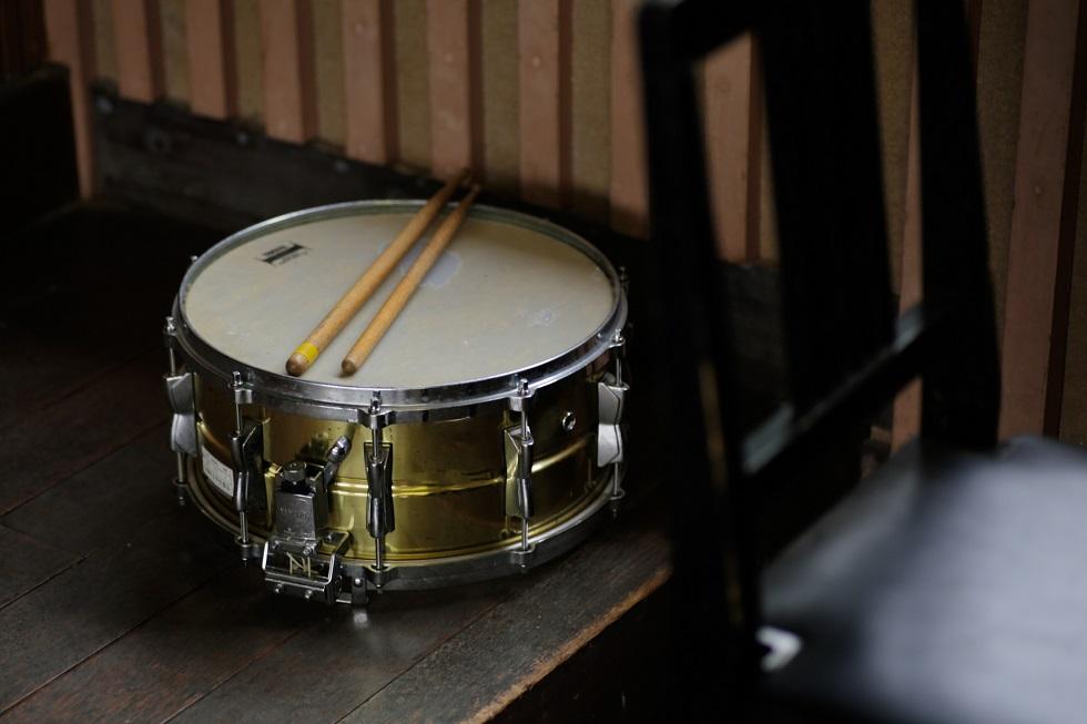 【スネア 買取】使わなくなったスネアドラムは古くても売れます!