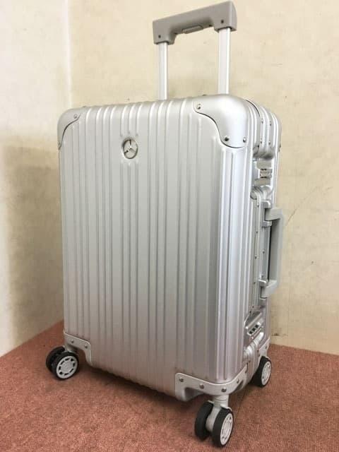 東京都 港区にて M.ベンツ オリジナル  4輪アルミ スーツケース を出張買取しました