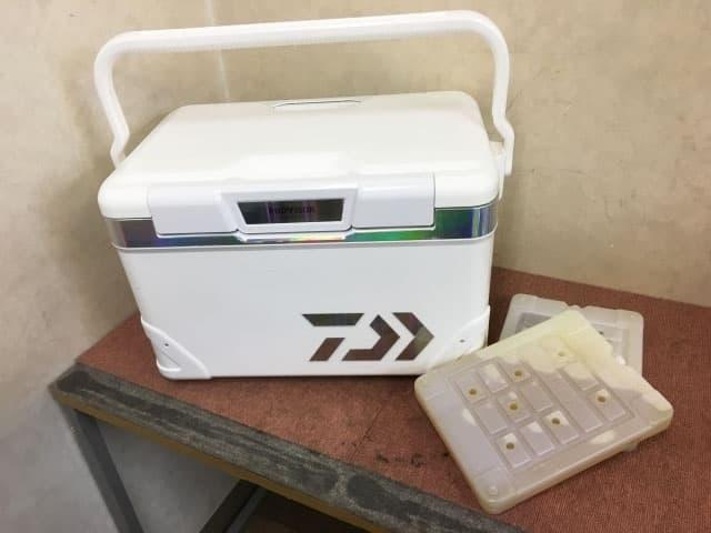 東京都 大田区にて ダイワ RROVISOR クーラーボックス HD ZSS 2700EX を出張買取しました