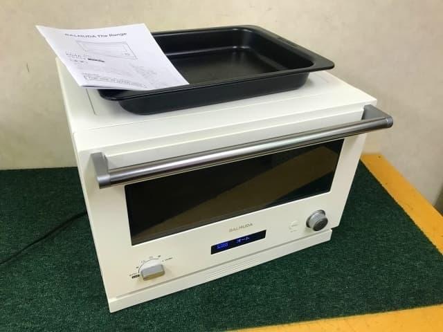 東京都 港区にて バルミューダ The Range オーブンレンジ K04A-WH 2020年製 を出張買取しました