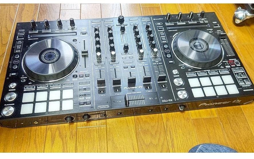 東京都 府中市にて Pioneer DJコントローラー DDJ-RX 2017年製 を出張買取しました