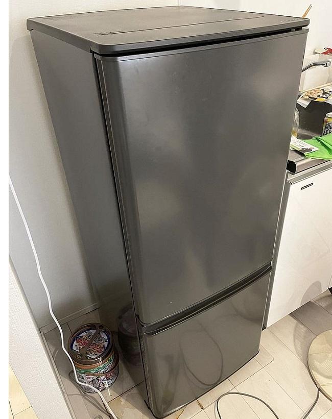 東京都 練馬区にて 三菱 2Dr冷蔵庫 MR-P15F 2021年製 を出張買取しました