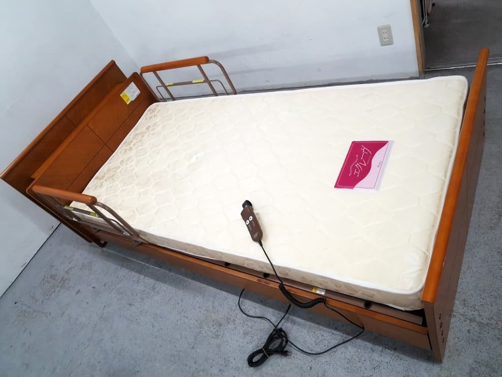プラッツ 介護ベッド